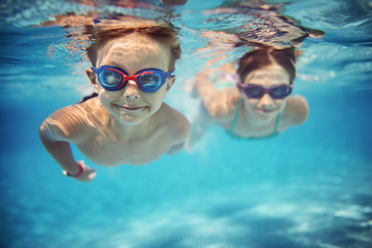 PaddlePod - two young children learn to swim